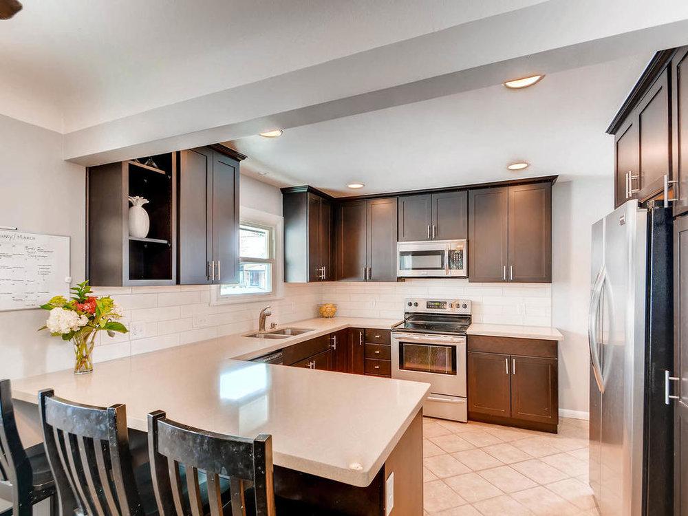 6137 Colfax lane south-MLS_Size-006-20-Kitchen-1024x768-72dpi.jpg