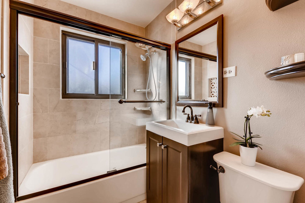7320 E 22nd Avenue Denver CO-large-016-13-Master Bathroom-1500x1000-72dpi.jpg