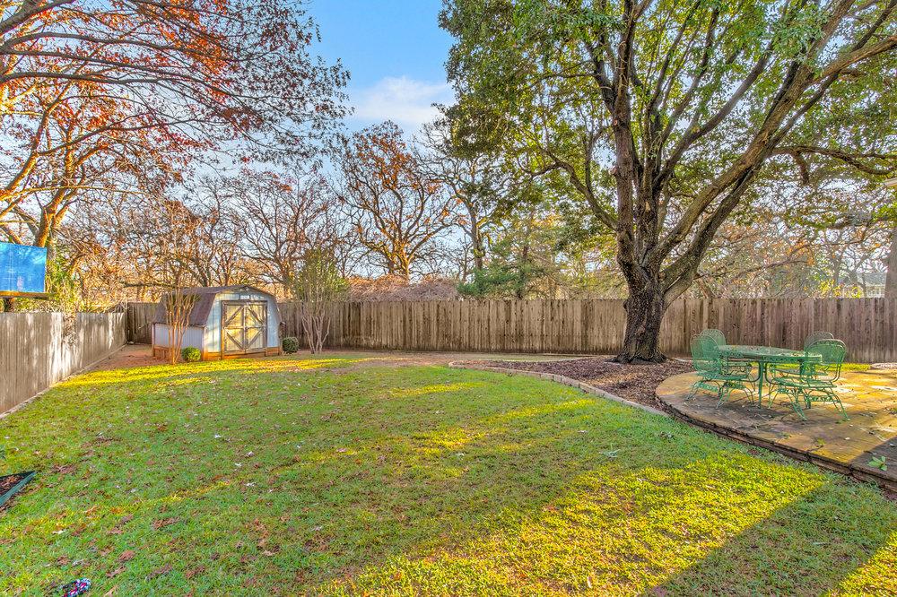 NEW 509 Dorcas Lane-10 backyard.jpg