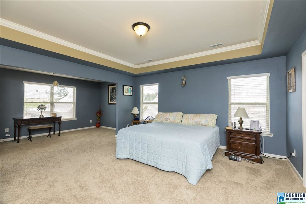 267 bedroom.JPG