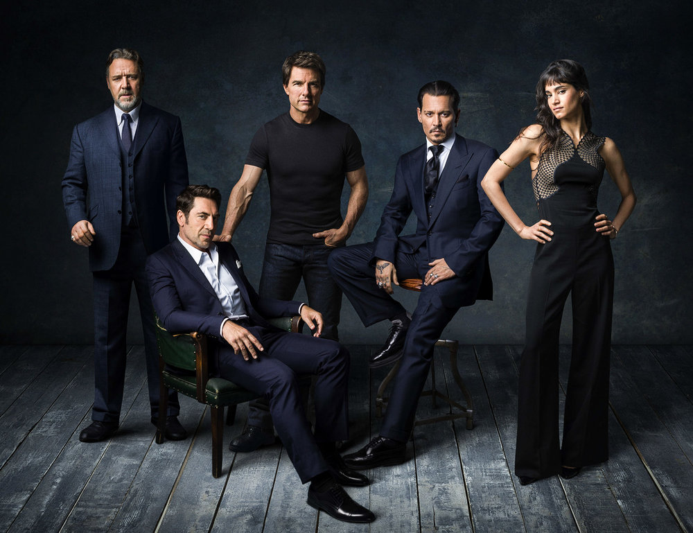 RUSSEL CROWE, JAVIER BARDEM, TOM CRUISE, JOHNNY DEPP & SOPHIA BOUTELLA. Fotografiert für %22DARK UNIVERSE%22 in Johnny Depp's Haus, Hollywood.CA,_.jpg