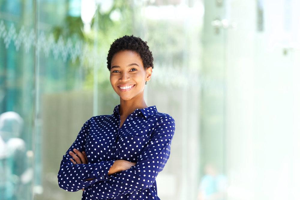 Black woman smiling_623099279.jpg
