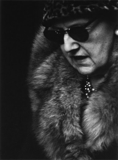 Gunnar smoliansk lady with glasses.jpg