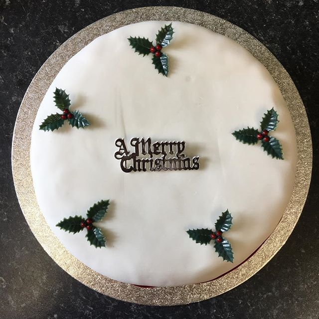 #Christmas orders, we're taking your Christmas cake orders! Yes, never too early! Why not buy as a gift for someone? All sales reinvested into the bakery. 📞 0191 2734942 📧 hello@edibleelswick.co.uk Order early to avoid disappointment!