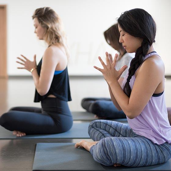 bay-dundas-yoga-studio-toronto-3.jpg