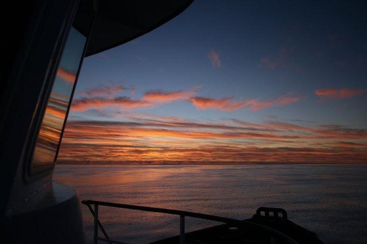 Tugboat Sunset.jpg