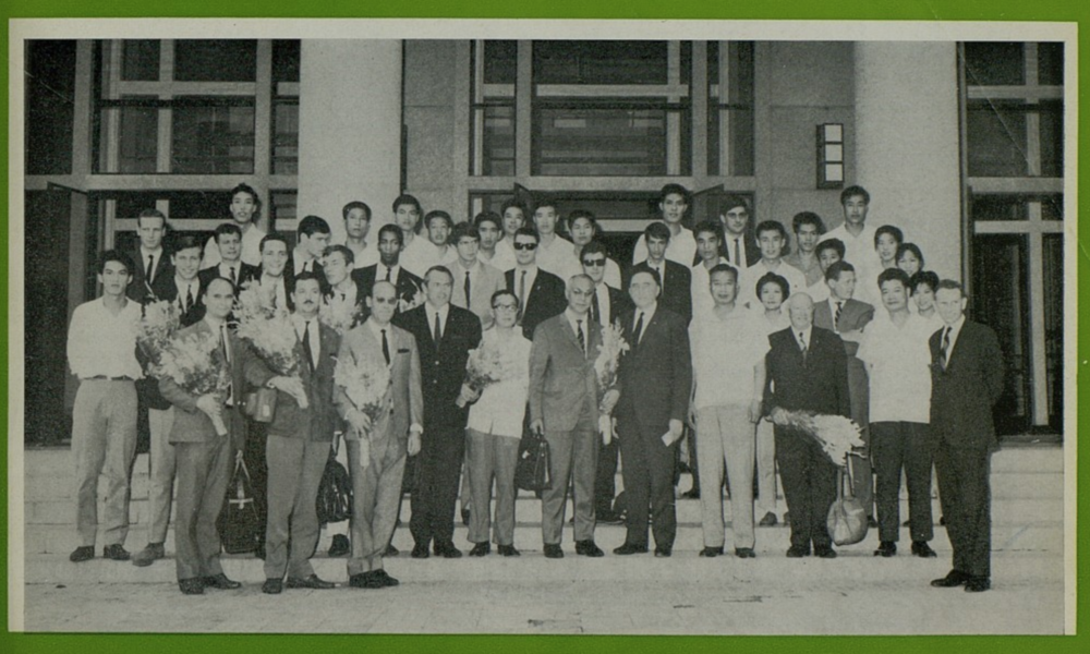 The French and Chinese national basketball teams during Les Bleus' July-August 1966 China trip. Photo from    Basket-Ball Magazine (Fédération Française de Basket-Ball), October 1966    No. 394 via Gallica.