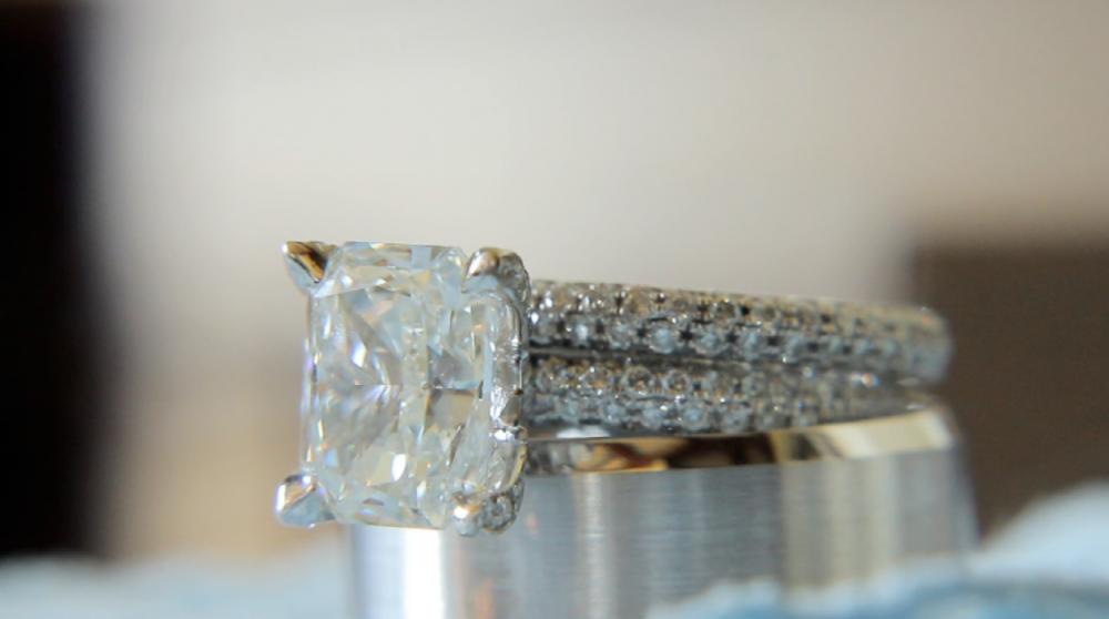 rough creek lodge jewish wedding video pic 26 engagement ring