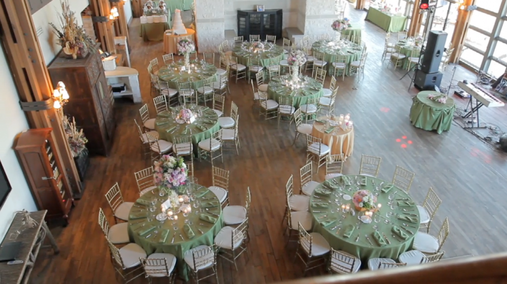 rough creek lodge jewish wedding video pic 29 table decor
