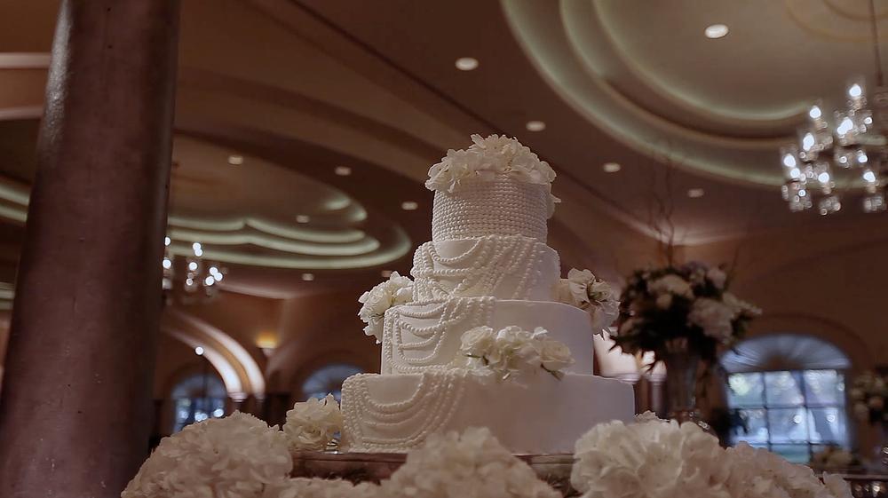 Sonterra Country Club San Antonio Botanika Wedding Pic 13 pearl wedding cake