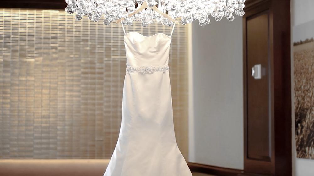 The Westin La Contera San Antonio Botanika Wedding Pic 05 dress bride