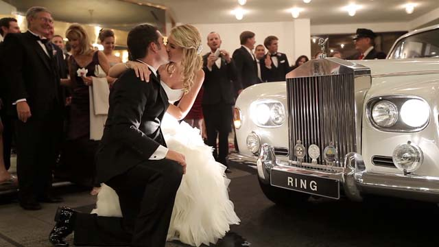web_omni houston wedding video pic 17 limo