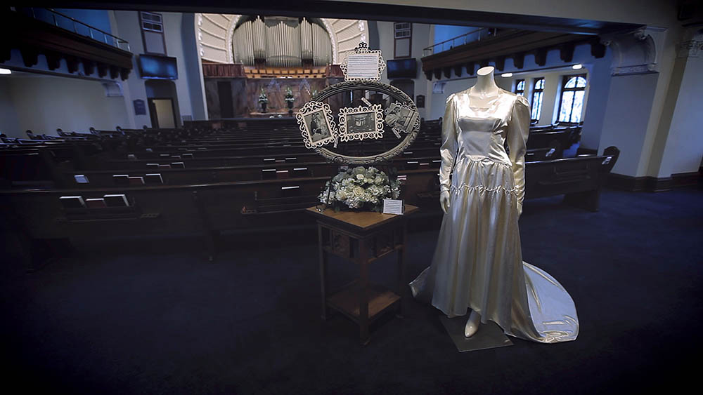 austin bullock texas history museum wedding photo 10