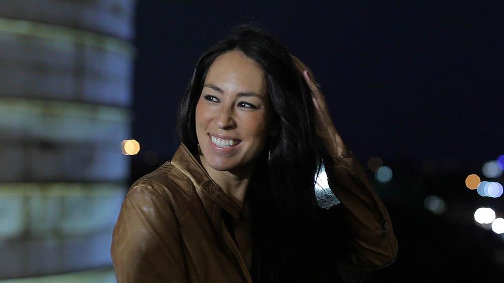 HGTV Fixer Upper Joanna Gaines Silobration Sneak Peek1