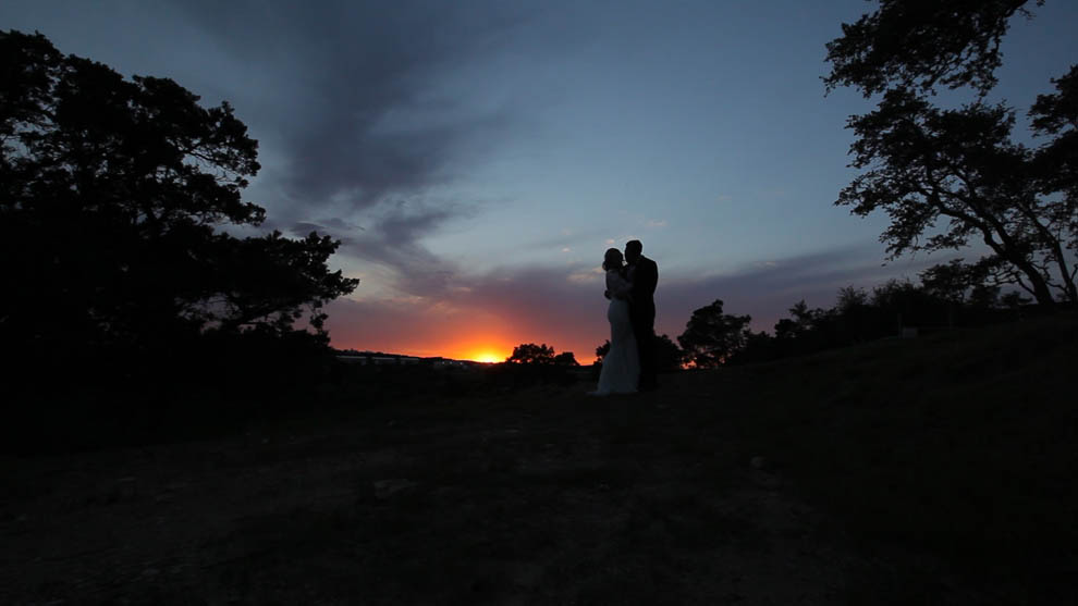 texas hill country sunset with bride and groom