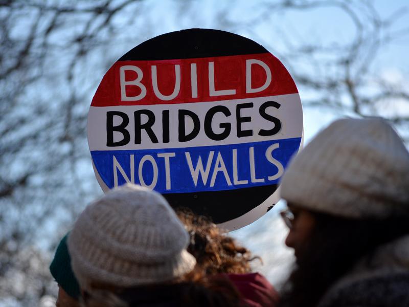 build-bridges-not-walls.png