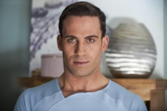 Dino Fetscher in Humans (S3)