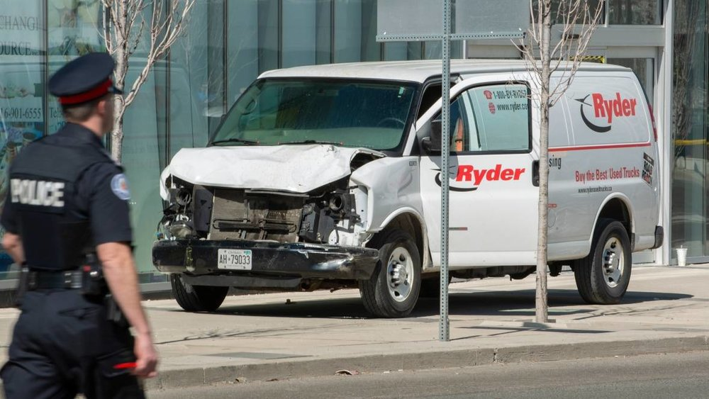 toronto-van-crash.jpg