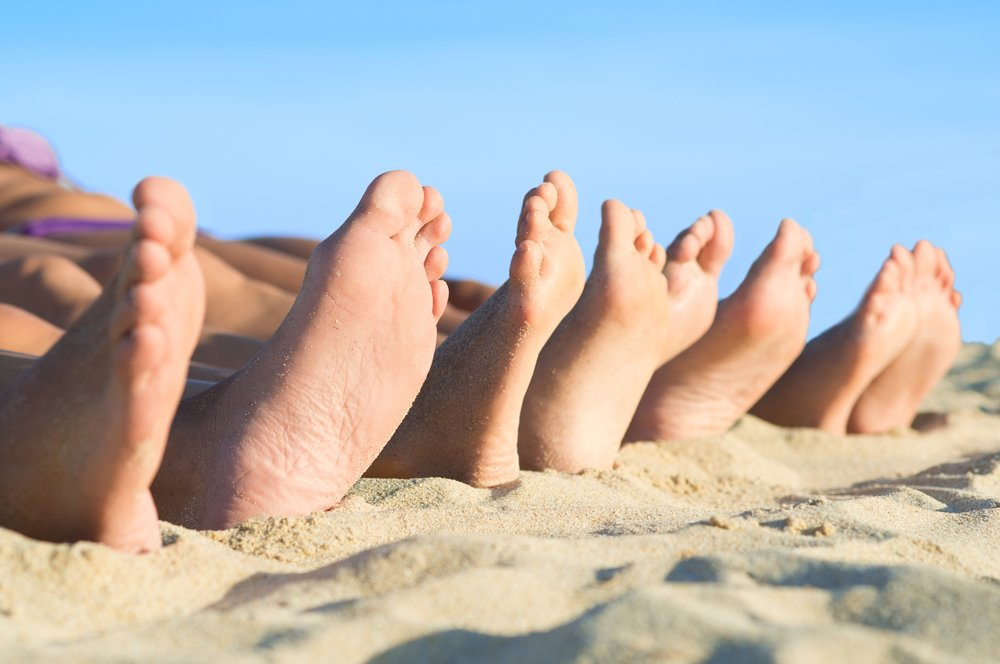 feet-beach-sand-bunion.jpg
