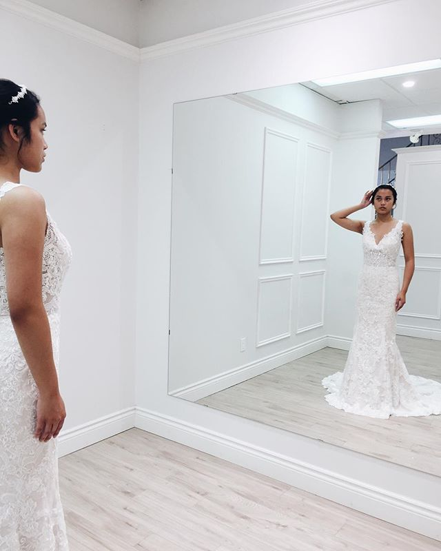 A woman who knows herself will never subject herself to what others may think of her. A woman like this is self assured and always ready to slay  #Elisabeauties #Bridal #WeddingGown