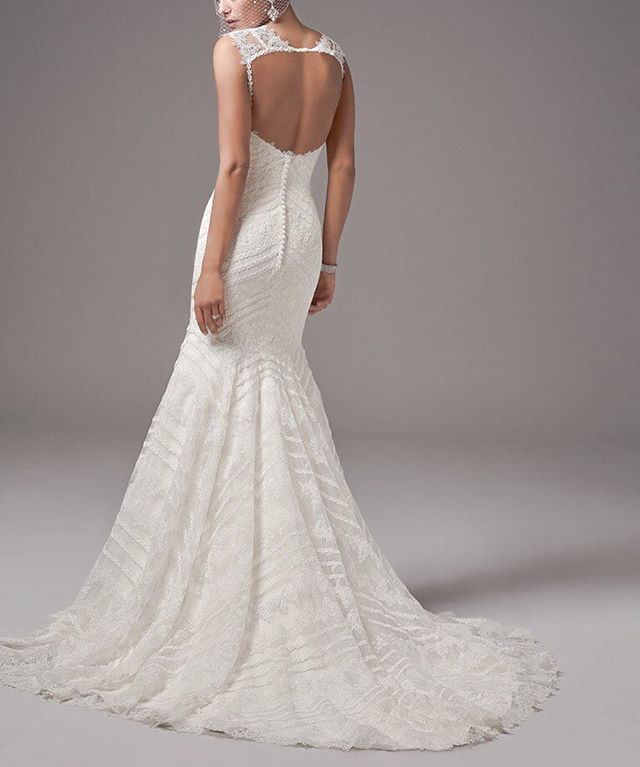 Don't limit yourself to the common low back style when considering an open back gown. Flirt with cutouts, peek-a-boos and open back styles that are just as sexy and fun  #Bridal #WeddingDress @maggiesotterodesigns . . . . . . . #weddingdress #toronto #torontobrides #weddinginspiration #weddingplanning #torontowedding #tdot #the6ix #torontofashion #bridalfashion #weddinggown #bridetobe #weddingday #bridestyle #torontolife #blogto #weddingtrends #weddingplanner