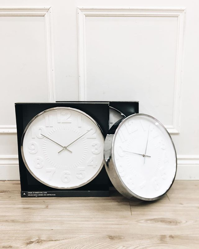 When you find the perfect clocks for the shop 😍 #ebeaudesigninspirstion
