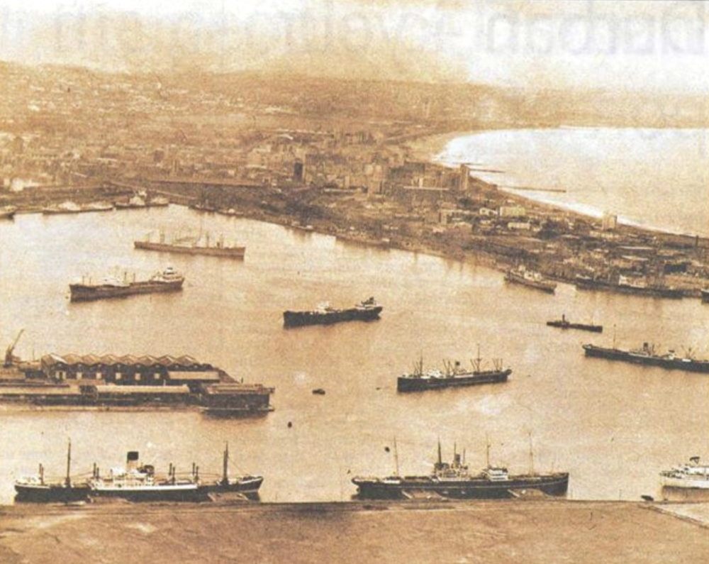 Photo source: https://www.fad.co.za/Resources/album/HARBOUR1_1956.JPG