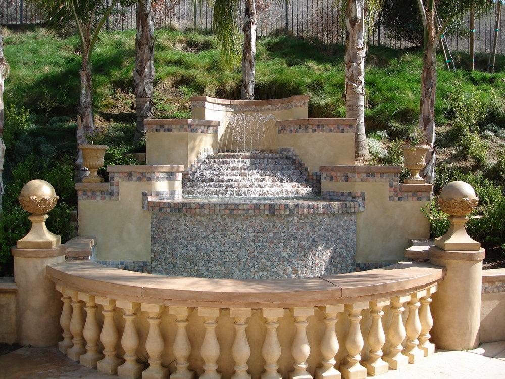 Antiqued_stone_fountain.jpg