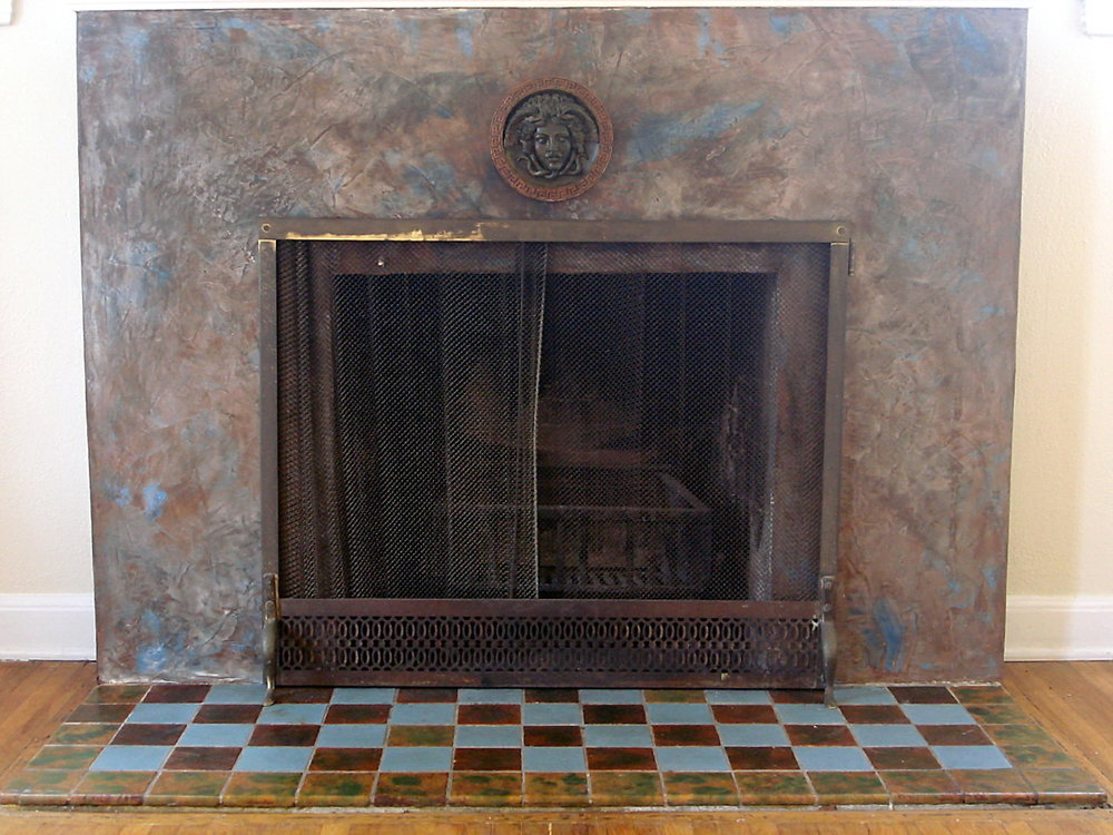 Medusa_Oblongata_Venetian_Plaster_Fireplace1.jpg