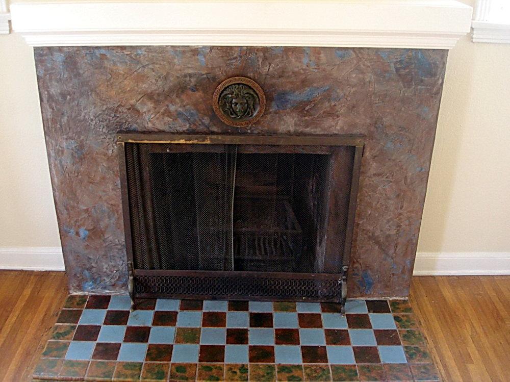 Medusa_Oblongata_Venetian_Plaster_Fireplace2.jpg