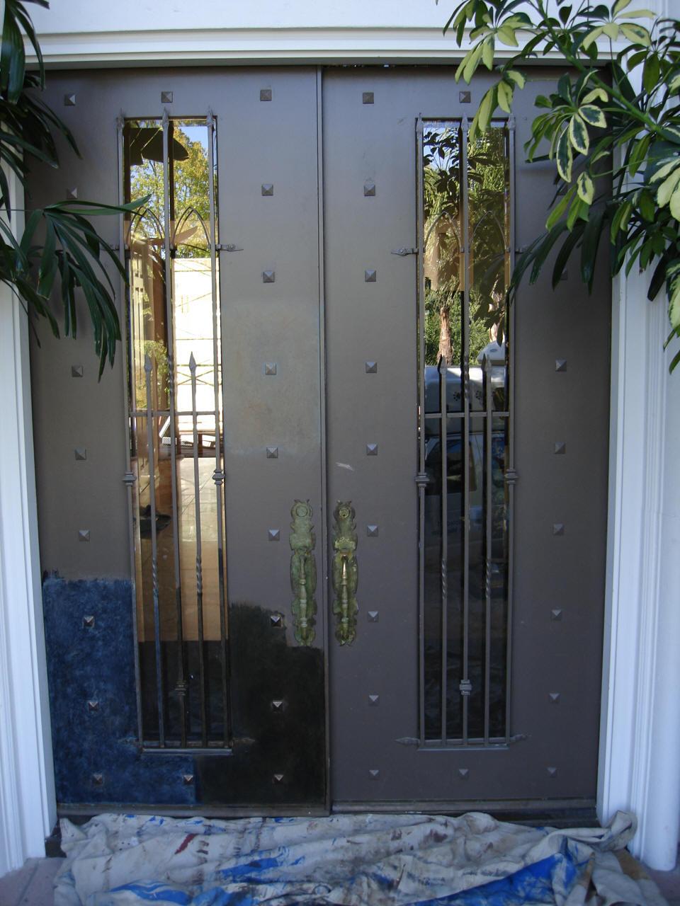 Entry_door_before_faux_bois.jpg