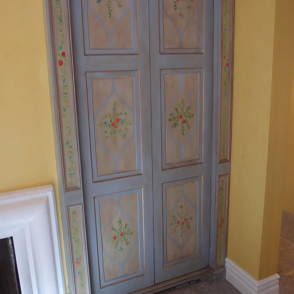 Cabinet3.jpg