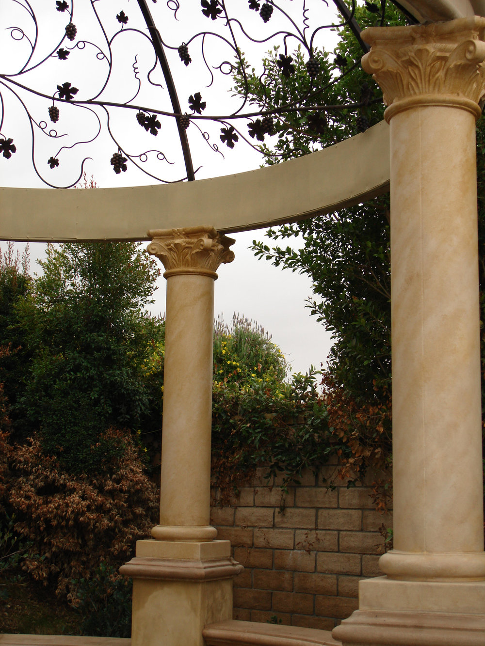 Antiqued_stone_gazebo_detail2.jpg
