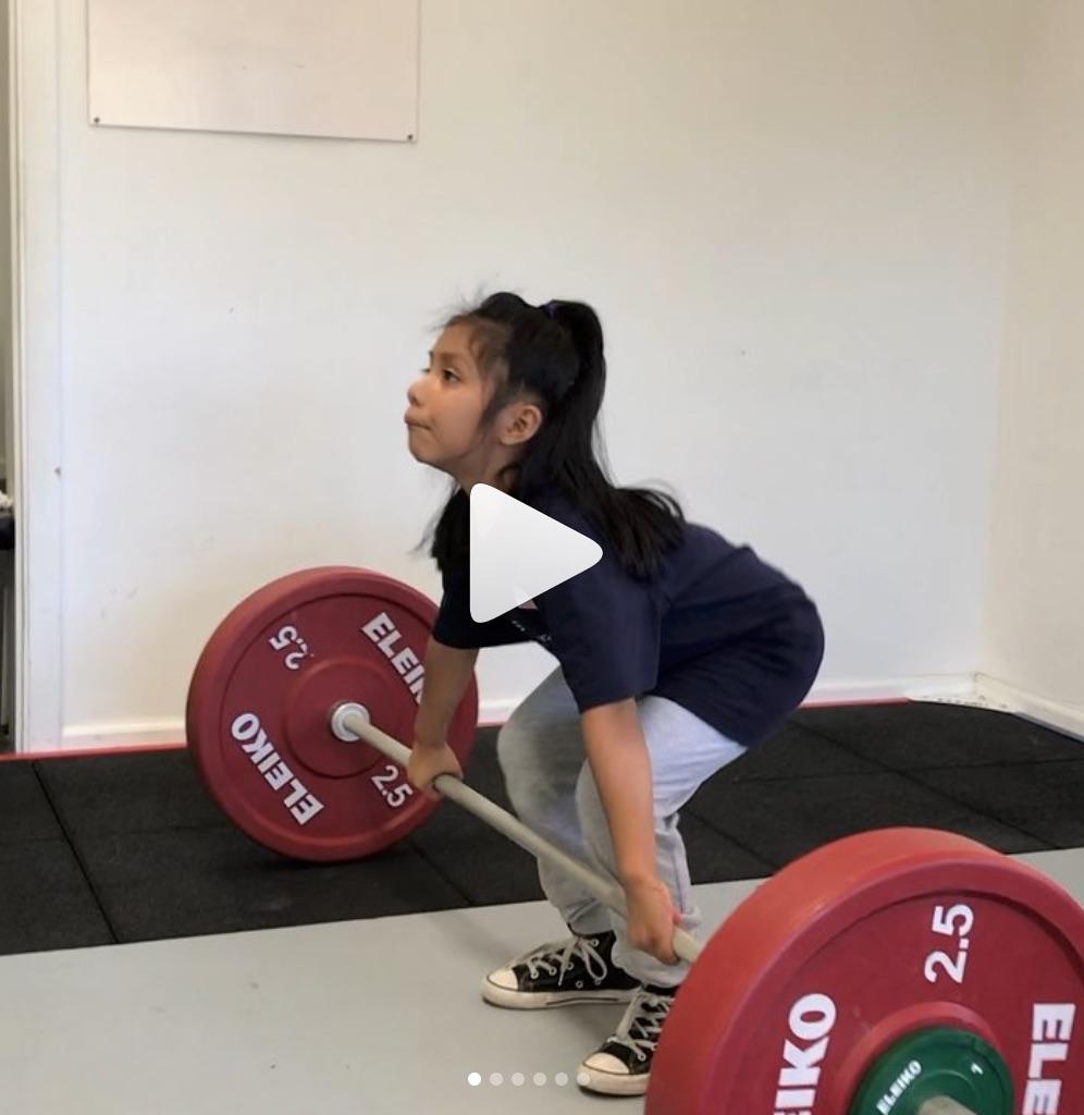 Youth weightlifing girl.jpg