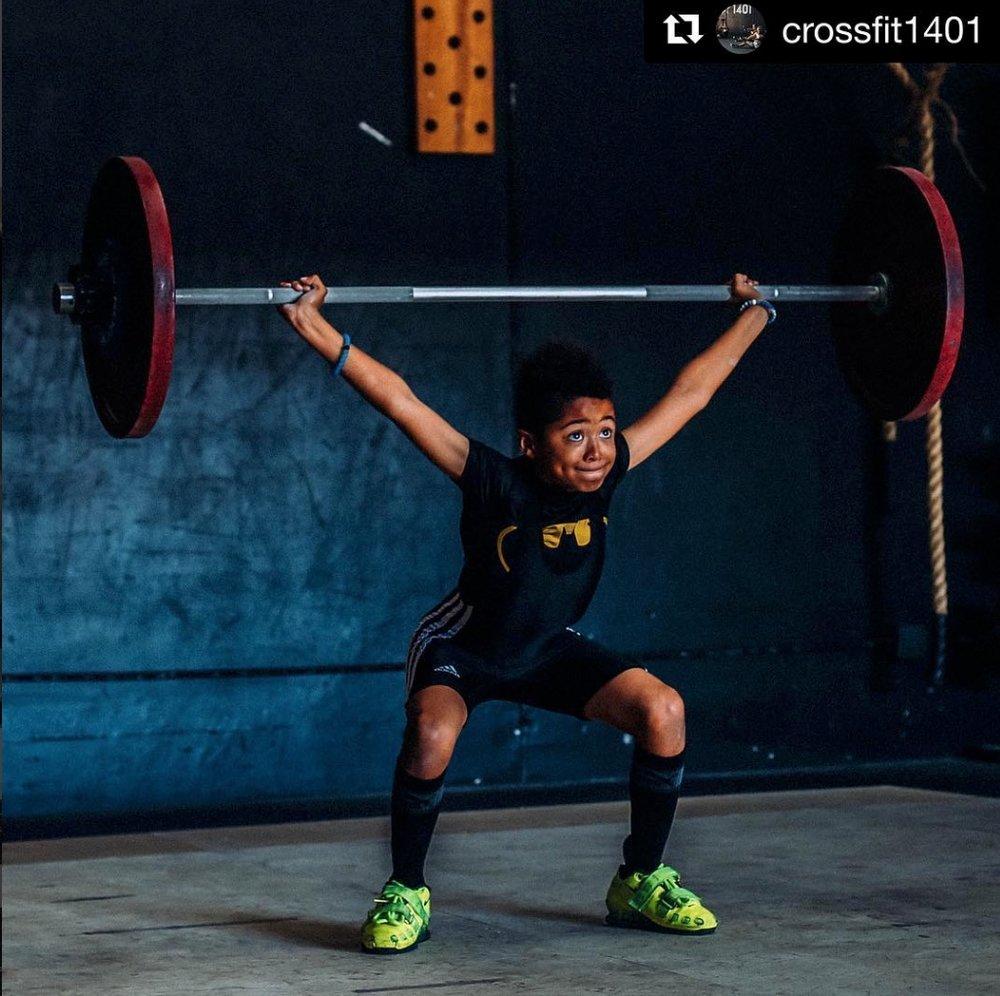 youth weightlifting boy.jpg