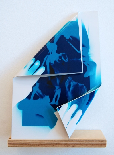 Fold II,2013 photographic paper and aluminum Each 35 x 45 cm