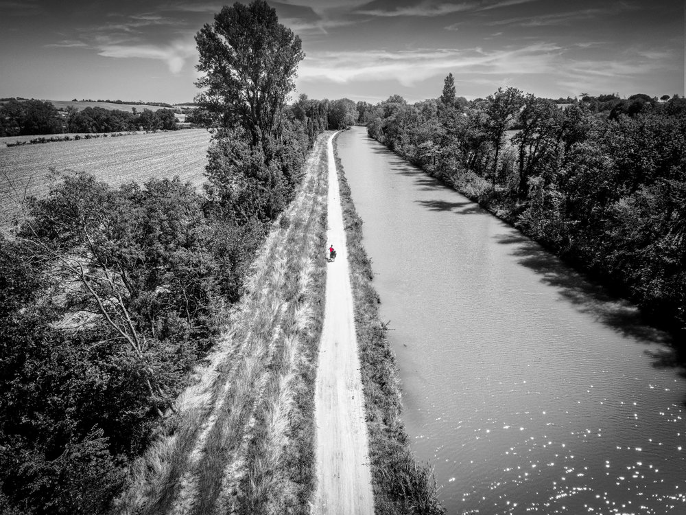 J  Reportages-Photos: Canal du Midi, France   Équipement utilisé:  Sony a7riii Sony a6300 Dji Phantom 4 pro / Polar Pro ND Filters Dji Osmo / Polar Pro ND Filters