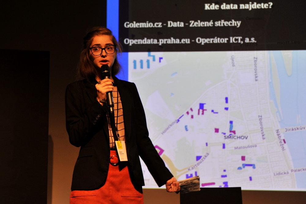Data pro zelenější život v Praze - Valeria Riazanová, Operátor ICT - Datová platforma Golemio sleduje zelený potenciál Prahy. Jak mohou chytré projekty, mapování, hierarchizace a sběr informací o veřejných a poloveřejných prostranstvích pomoci k lepšímu rozhodování v území.