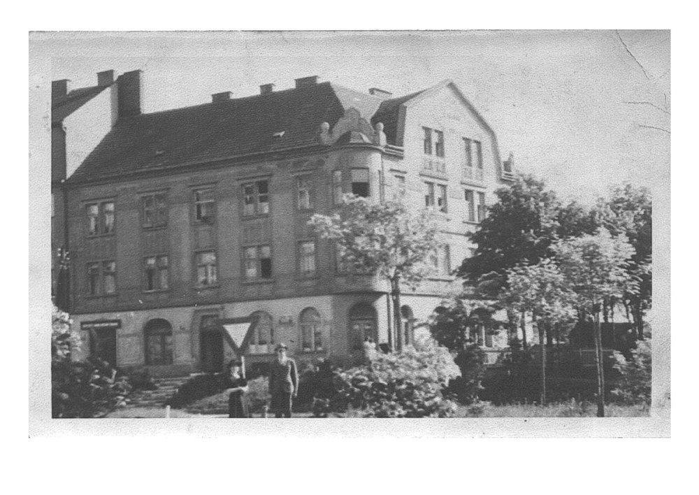 branicka_16_foto_1940 (3)-page-001.jpg