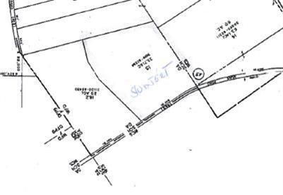 99,900 - Acreage +/-: 33.71Nicely LayingOn Town-Maintained Road