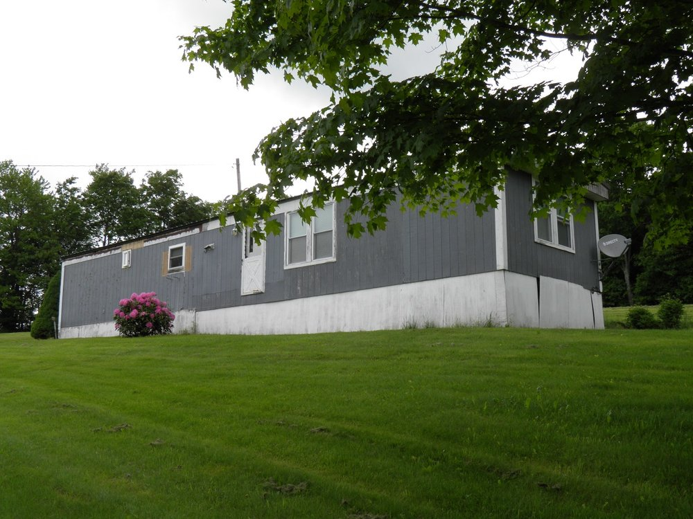 64,900 - 2-Bedroom, 1-Bath Singlewide With Immaculate Interior!Beautiful 6.5 Acres With View! Serene!