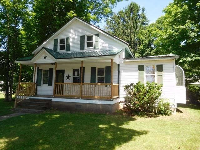 79,000 - 3 Bedrooms, 2 Baths.25 AcreRecently Renovated Old Colonial