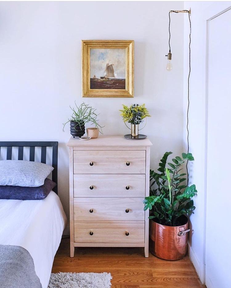 bev and jeff bedroom.jpg