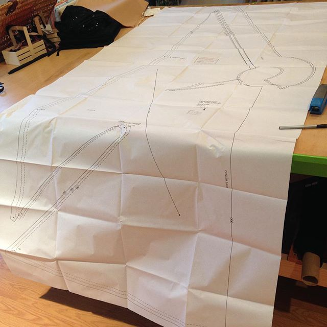Tracing the spiral coat for my next muslin uh this pattern piece is 6+ feet long just need to cut 2 #cfpdpatterns #biascut #spiralcoat #makeyourowndamnclothes