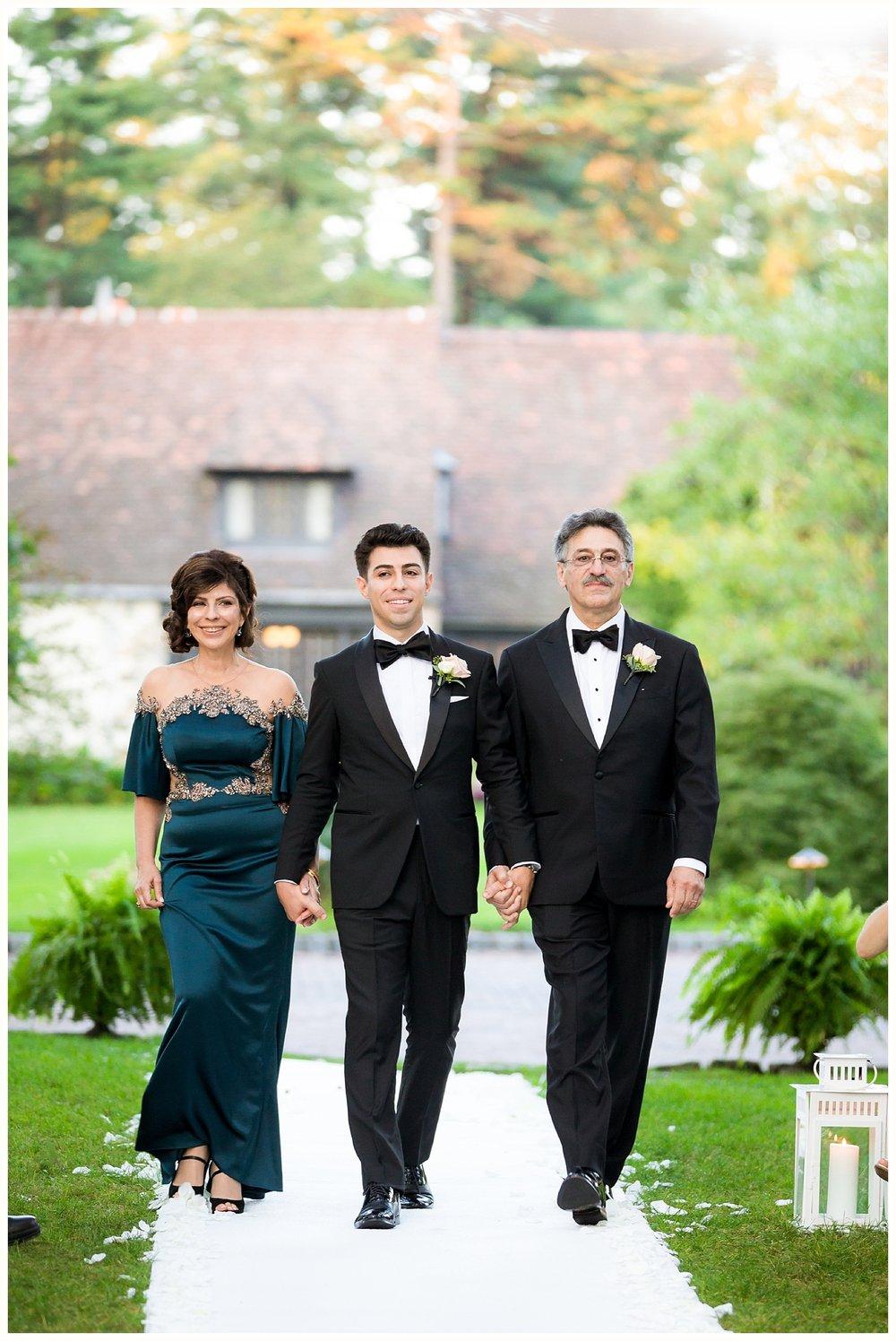 Pleasantdale Chateau Wedding NJ Wedding NYC Wedding Photographer_0033.jpg