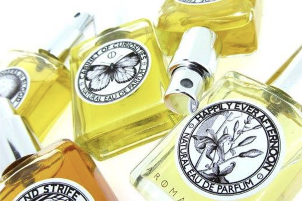 Aromantik     www.aromantik.com.au    Hand-blended in Sydney,  Aromantik  is a natural perfume studio that create in small batches using only the finest natural essential oils sourced from all over the world.