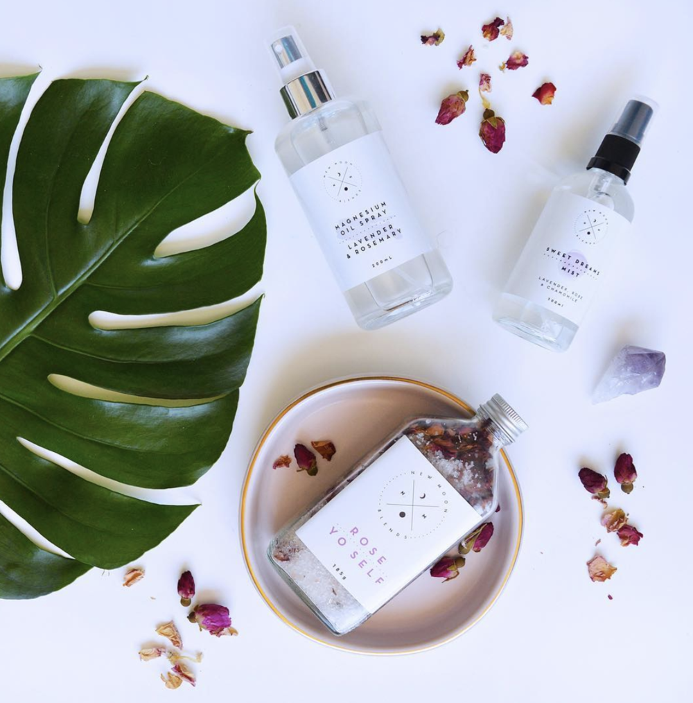 New Moon Blends     www.newmoonblends.com     New Moon Blends  use all natural and plant-based ingredients to create their range of bath salts, body mists and more. Their products are high quality, made with purpose, reusable and non-toxic.