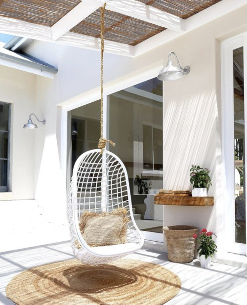 Byron Bay Hanging Chairs     www.byronbayhangingchairs.com.au     Byron Bay Hanging Chairs  showcase a collection of quality homewares made by skilled fair trade artisans.