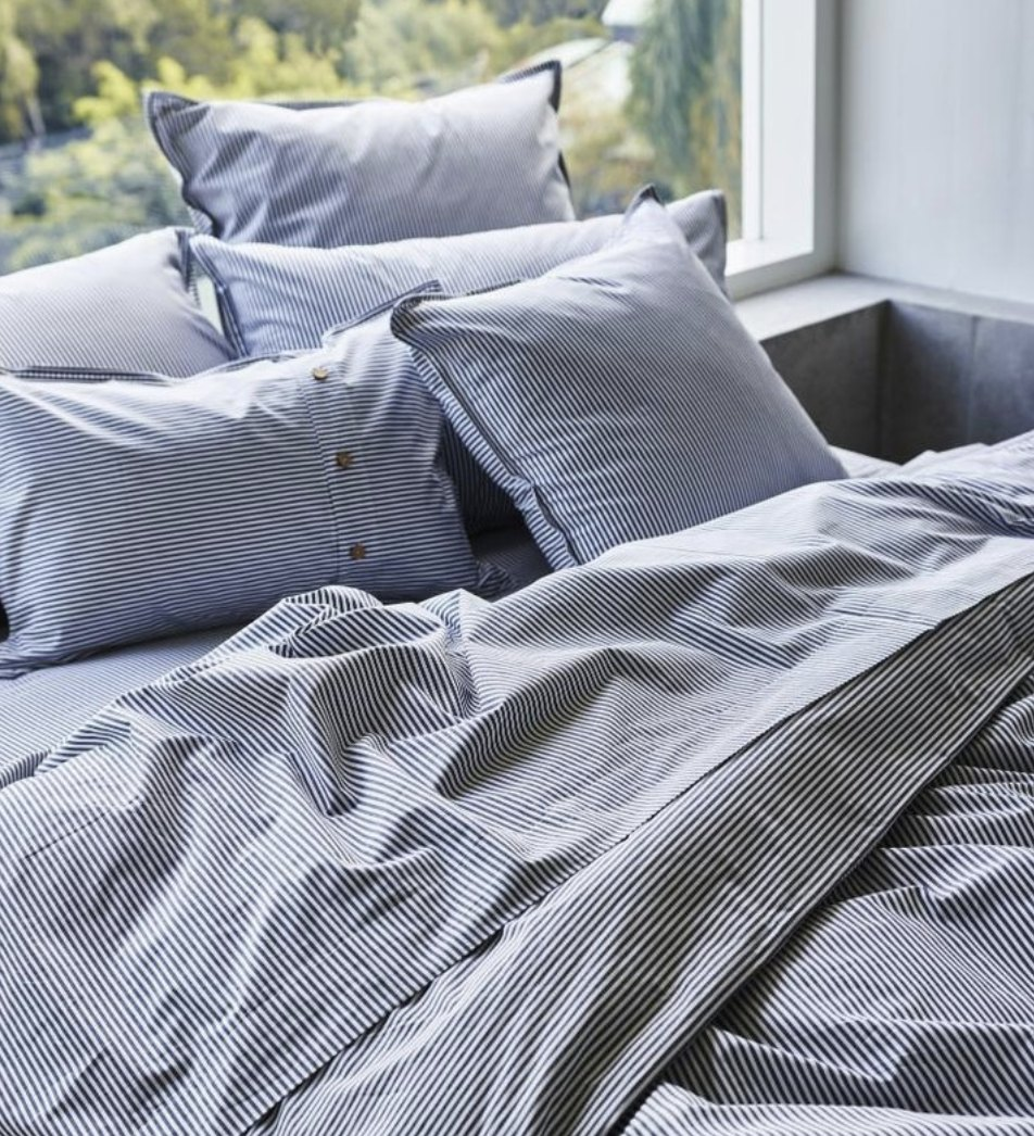 sheets on the line bed.jpg