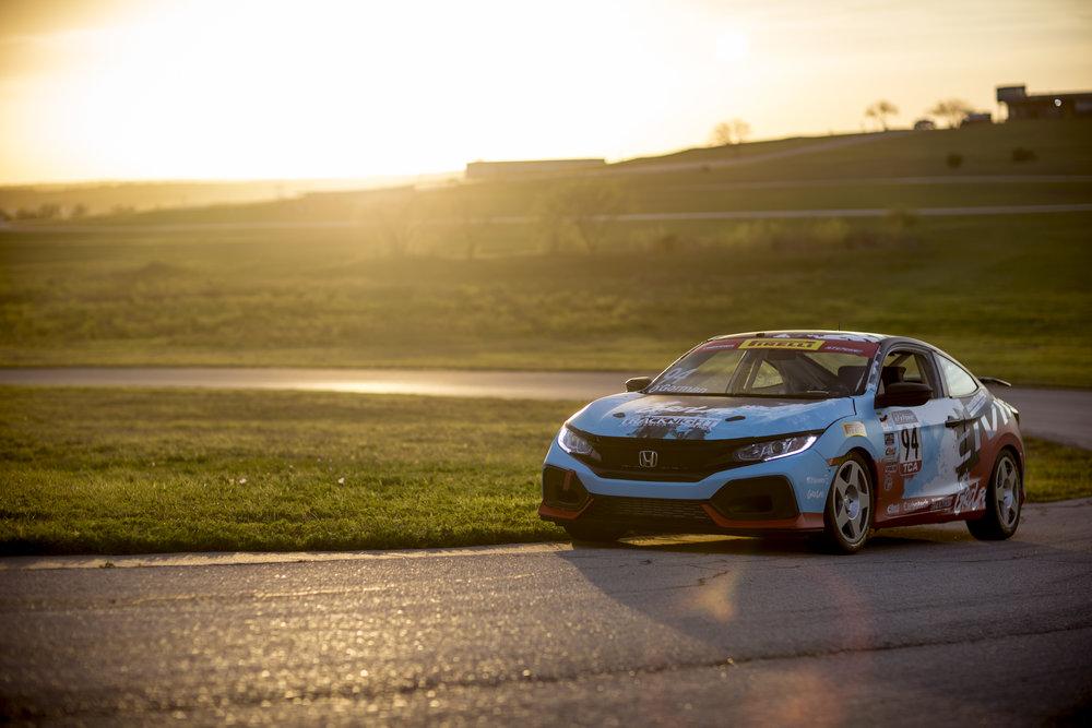 Honda Civic SI Racecar.jpg